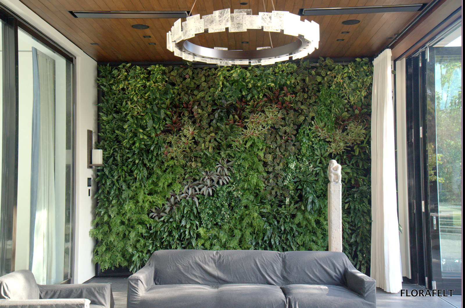 Florafelt Vertical Garden by Plants On Walls: Chris Bribach