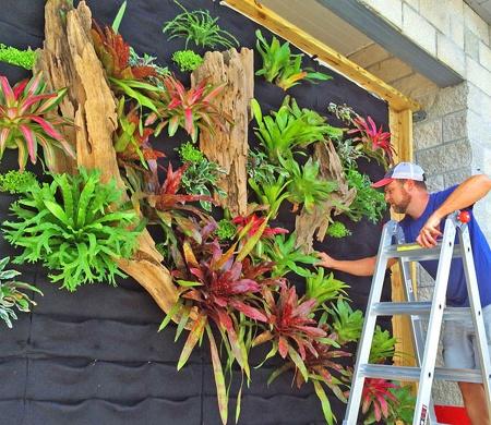 Seth-Strottlemeyer-Oasis-Gardenscapes-Florafelt-Vertical-Garden-Planters-1